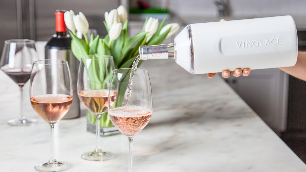 More so than any other beverage, wines deserve to be served at an optimum temperature. In the heat of backyard gatherings, wine temperature control accessories like Vinglace can keep your wine cooled to just the right degree and keep guests smiling. Image: Vinglace.